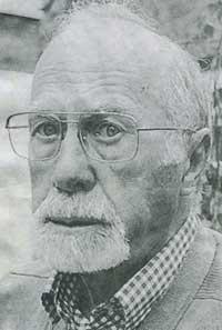 Walter Tracy